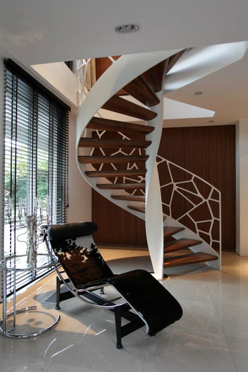 creative-balustrade-cells-eestairs-3.jpg